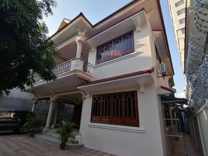 វីឡានៅបឹងកេងកង១ Villa in Phnom Penh