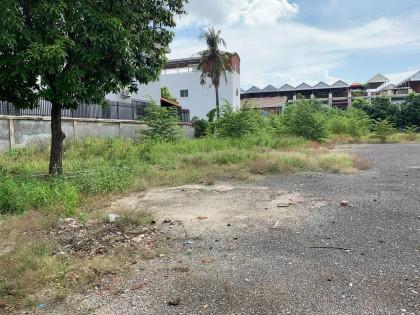 ដីនៅទួលសង្កែ Land in Phnom Penh