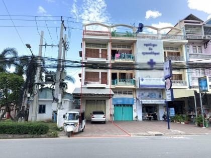 ផ្ទះល្វែងនៅជ្រោយចង្វារ Flat in Phnom Penh
