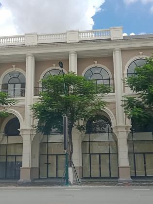 ផ្ទះពីរល្វែងនៅបុរីប៉េងហួតបឹងស្នោរ Flat in Phnom Penh