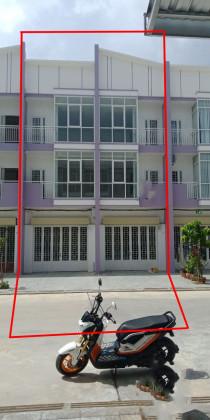 ផ្ទះអាជីវកម្មពីរល្វែងនៅផ្ឡូវជាតិ៣ Flat in Phnom Penh
