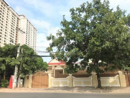 វិឡាទោលនៅជិតសកលវិទ្យាល័យន័រតុន Villa in Phnom Penh