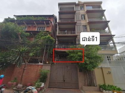 ផ្ទះល្វែងជួលជាន់ទី1 បឹងព្រលឹត Flat in Phnom Penh