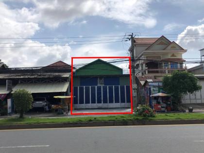 ឃ្លាំងនៅជិតផ្សារព្រែកលៀប Warehouse in Phnom Penh
