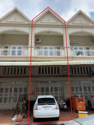 ផ្ទះល្វែងនៅបុរីមង្គលភ្នំពេញ Flat in Phnom Penh