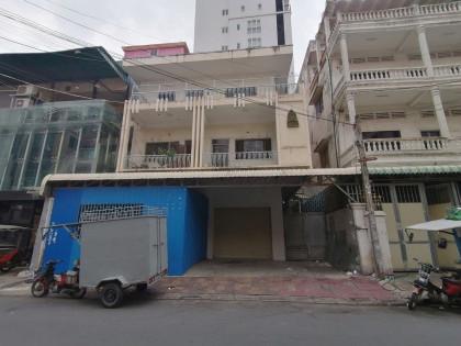 ផ្ទះជួលអាចរកស៊ីបាន គីរីរម្យ Flat in Phnom Penh