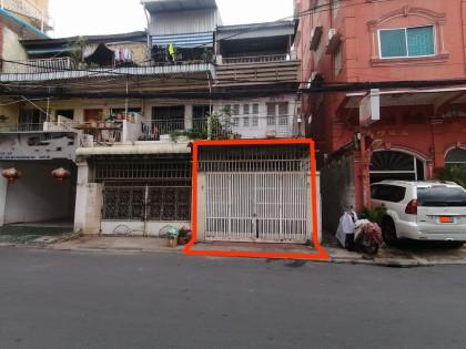 ផ្ទះនៅបឹងព្រលឹត Flat in Phnom Penh