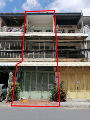 ផ្ទះល្វែងម្ដុំផ្សារដេប៉ូ Flat in Phnom Penh