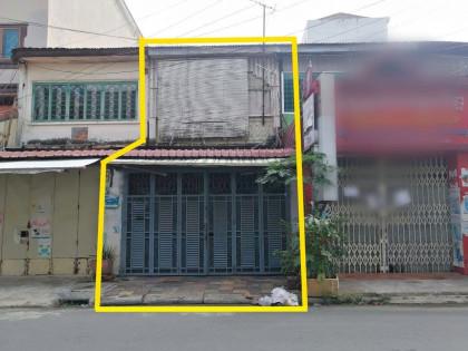 ផ្ទះម្តុំផ្សារដេប៉ូ Flat in Phnom Penh