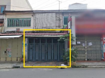 ផ្ទះម្តុំផ្សារដេប៉ូជាន់ក្រោម Flat in Phnom Penh